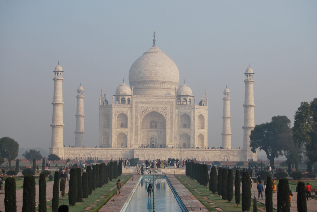 seeing Taj Mahal was a wonderful experience