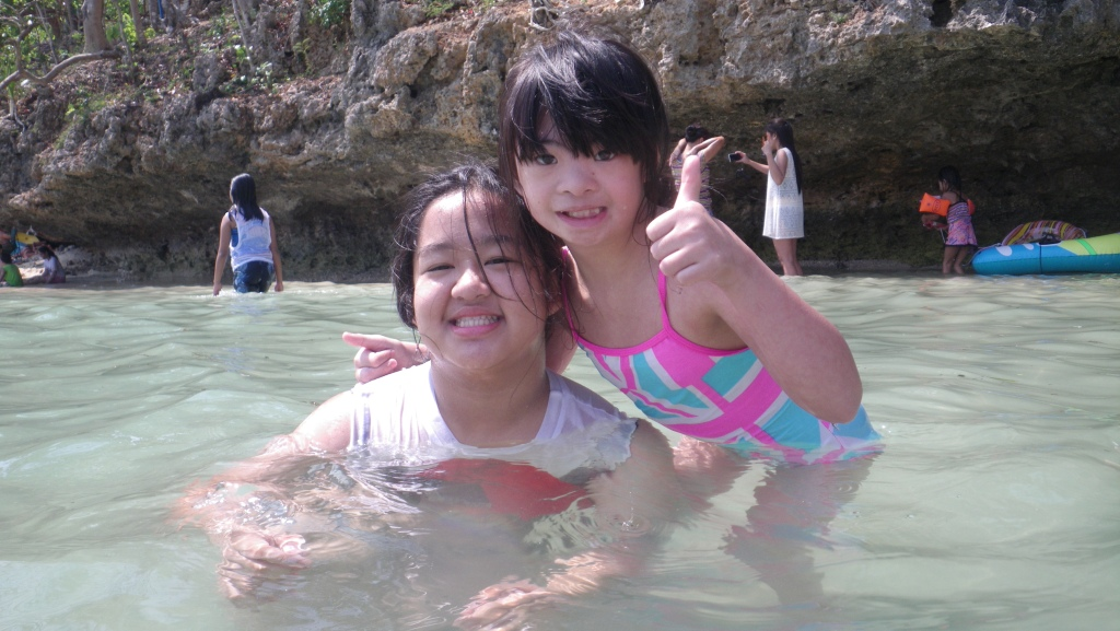 a pair of sweeties - Yanna and Zoe <3