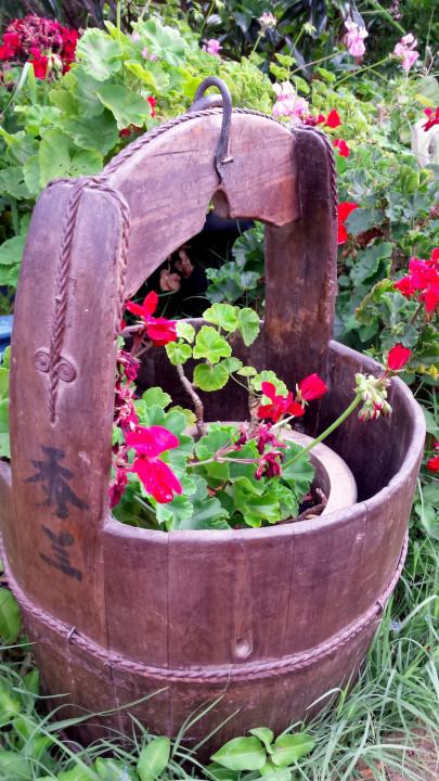 bucket-large