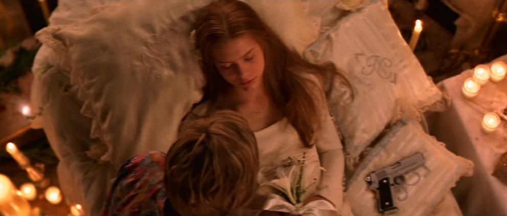 Romeo-Juliet-romeo-and-juliet-5126606-992-424