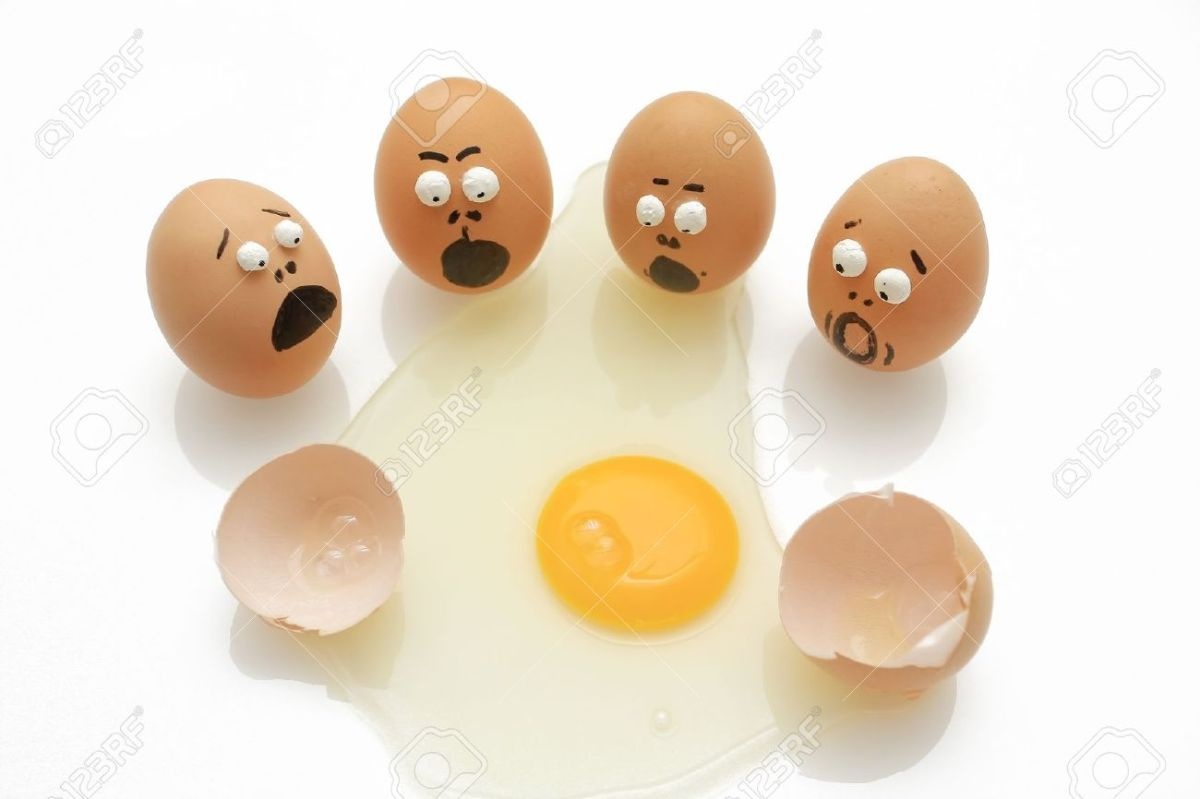 10735169-group-of-eggs-was-surprised-when-his-breaking-Stock-Photo-oops