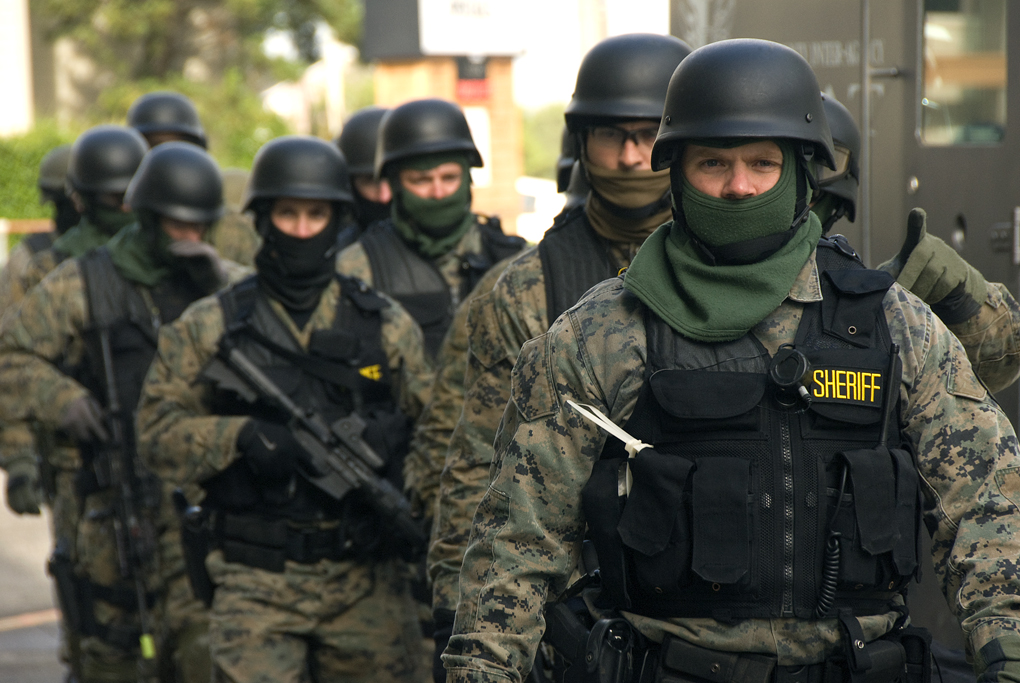 SWAT_team_prepared_(4132135578)